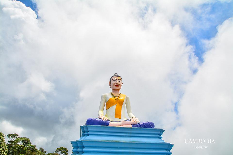 柬埔寨寺廟-路過波哥山必參拜的高大洛葉茅女神像(茅奶奶) Lok Yeay Mao Monument