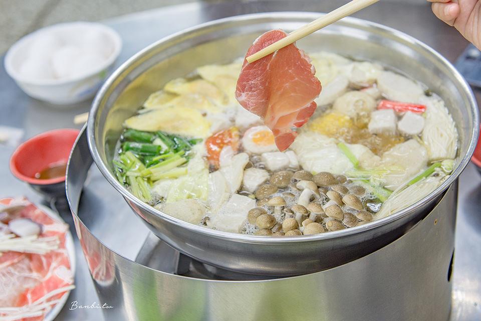 台南沙茶火鍋:廣東沙茶爐金華路 配料最低5元!一個人、多人聚餐平價餐廳