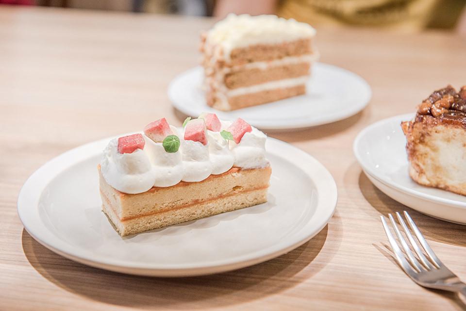 台北咖啡:Heritage Bakery&Cafe 很特別的紅心芭樂蛋糕、肉桂捲/北門、西門美食(2019.06更新)