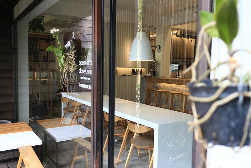 Banbi217 美食旅遊: 目覺咖啡三店 mezamas hikohi (台中西區精誠七街美食、咖啡館、早午餐、下午茶)