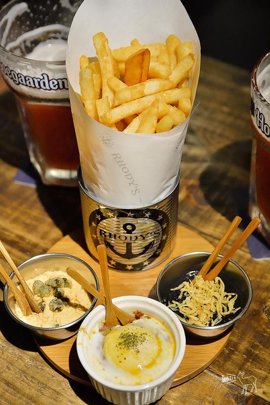 薯條吃到飽台北大安區美式餐廳:Rhody's Bar & Restaurant,捷運國父紀念館站,延吉街